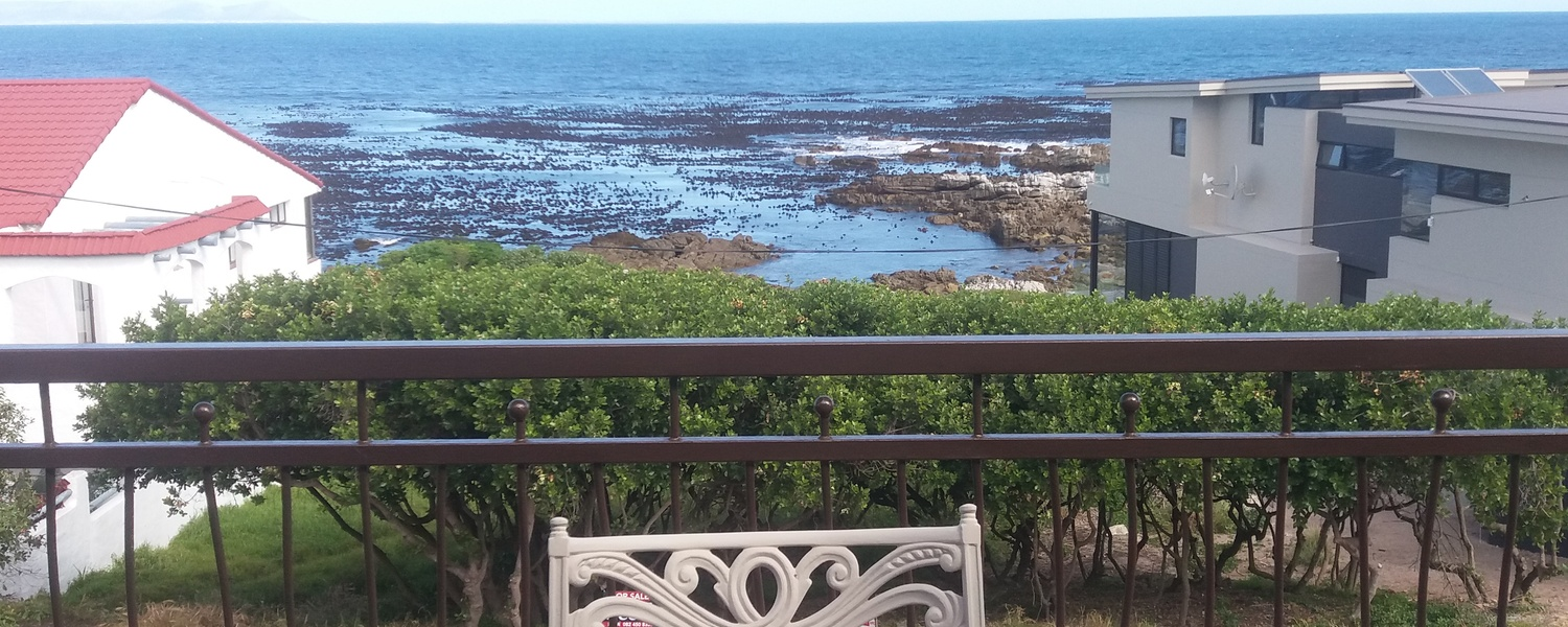 Bietou, Hermanus Holiday Rentals